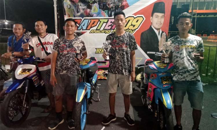 Team Capten 09 Racing Sporty usai melakukan balap motor