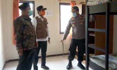 Bupati, R Abdul Latif Amin Imron bersama Kapolres Bangkalan AKBP Rama